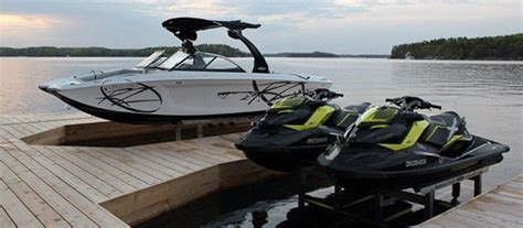 Boat Lift Financing by If You Your Boat You Need A Boat Lift Paradise