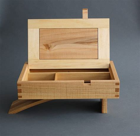 cantilever jewelry box readers gallery fine