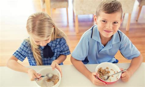 Should Kids Be Eating Breakfast Every Morning? One Expert Says It's Not Healthy