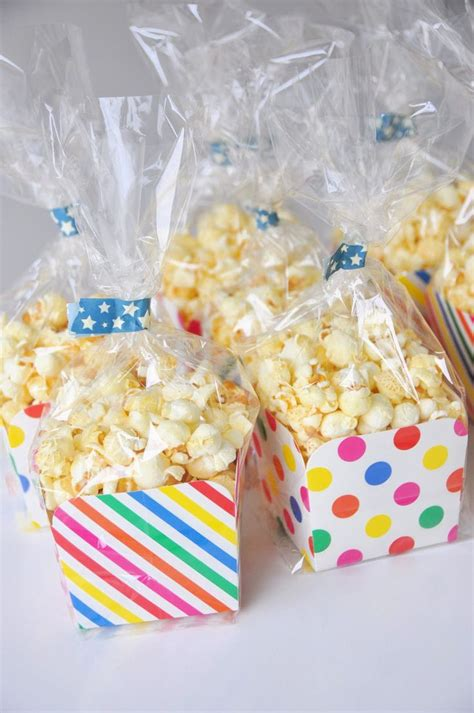 best 25 classroom birthday treats ideas on 178   6e0d5b178653e2b64e0aba3d2d721a30 school birthday snacks birthday party treats