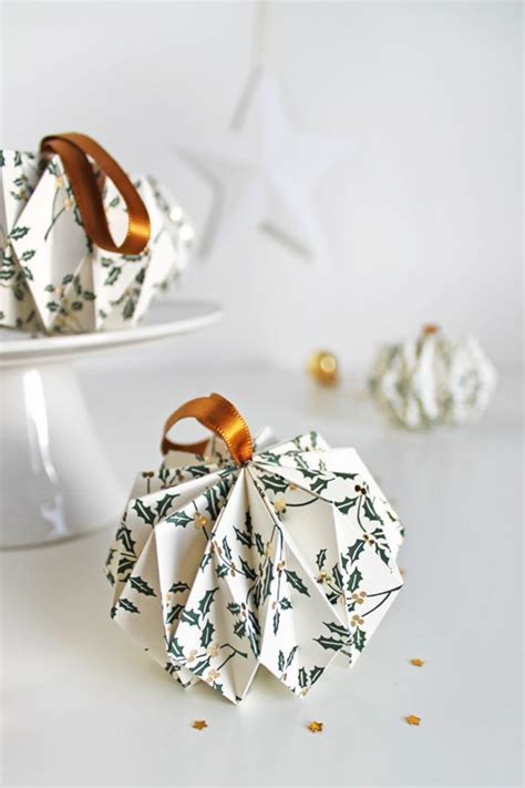 origami christmas decorations step by step best 25 origami ideas on paper balls step by step oragami and how to juggle
