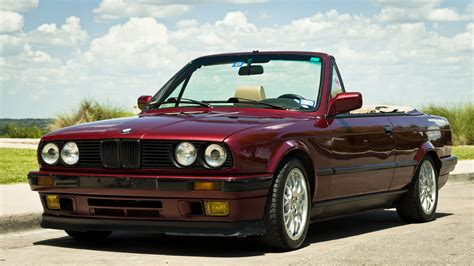 bmw  series  cabrio  timeless classic