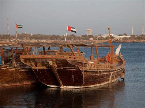 Big Boat Dubai by A Taste Of Dubai Abra Water Taxis Insight Guides