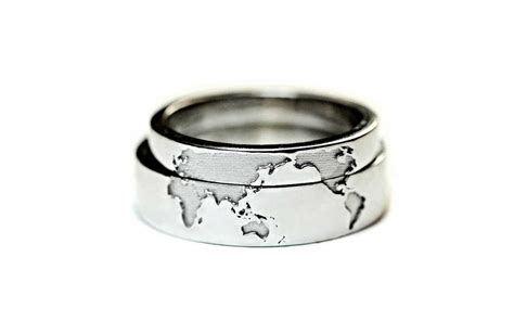 unique wedding bands for couples who to travel