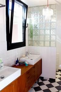 le carrelage damier noir et blanc en 78 photos archzinefr With porte d entrée pvc avec meuble vasque salle de bain style ancien