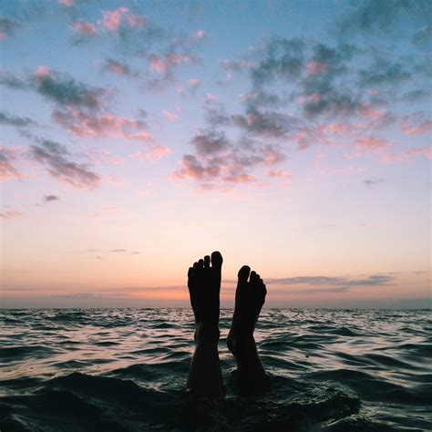 feet   ocean pictures   images