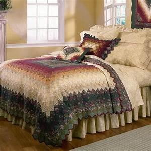 Spice Trip Around The World Quilt & Bedding by Donna Sharp