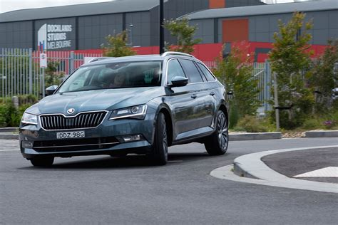 skoda superb wagon long term car review part
