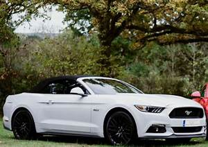 White Ford Mustang V8 Hire | Mustang Rental UK