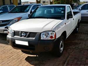 Used Nissan Hardbody