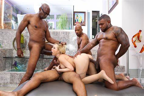 Interracial Bang With An Desi And Short Hair Male