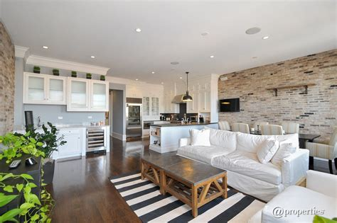 Contemporary Great Room With Built-in Bookshelf & Crown