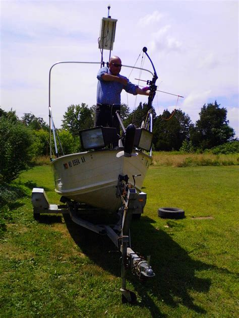 Bowfishing Boat Cost by Bringing Light To Bowfishing The Chesapeake Today