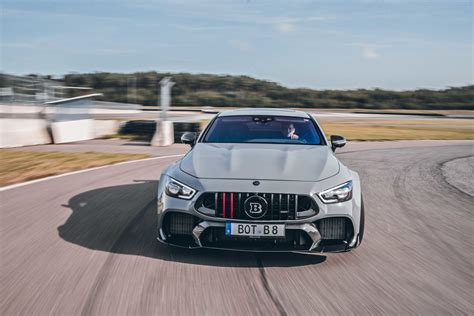 All we could tell is that brabus has been up to something big. Mercedes-AMG-GT-Coupe-4-portes-Brabus-Rocket-900-2020-890 | Les Voitures