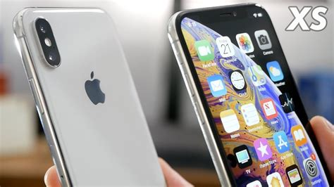 silver iphone xs unboxing impressions