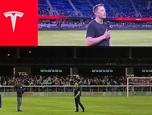 Elon Musk threw an epic Tesla Q3 celebration party at a ...