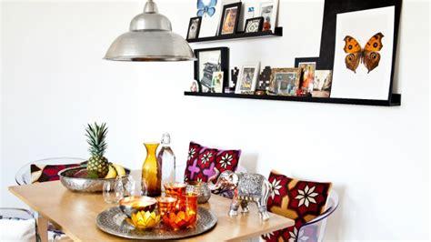 mensole in legno colorate mensole colorate nuance pop per la casa dalani e ora