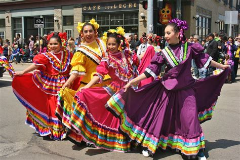 Learn How to Play and Sing 'Cinco De Mayo' Theme Song ...