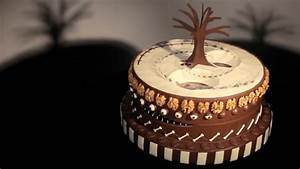 Watch an animated zoetrope cake inspired by tim burton for Watch an animated zoetrope cake inspired by tim burton