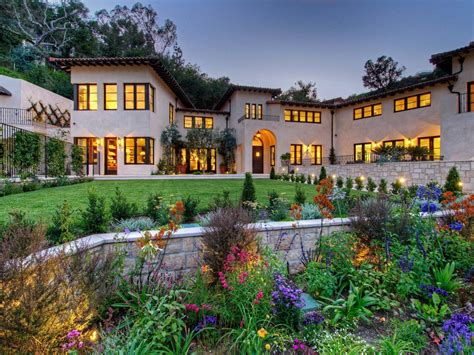 Curb Appeal Tips For Mediterranean-style Homes