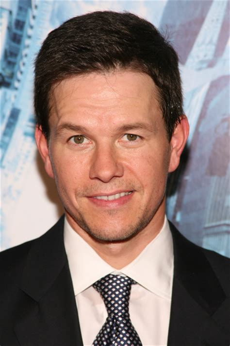 Mark Wahlberg Age, Weight, Height, Measurements ...