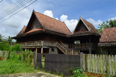 Thailand Architecture  Traditional Thai House  Real Life