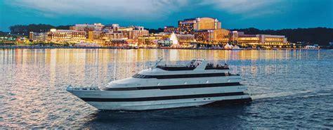 Party Boats In Washington Dc by Washington Dc Dinner Cruise Dc Views Music Spirit