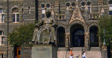 georgetown university confronts  history  slavery
