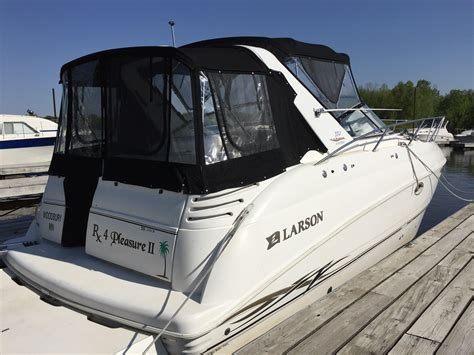 Larson Boat Dealers In Mn by 1999 Larson 330 Cabrio Power Boat For Sale Www