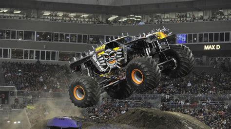 Tom Meents To Attempt First Front Flip In A Monster Jam