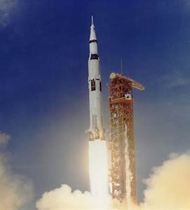 Apollo 11 Rocket (page 3) - Pics about space