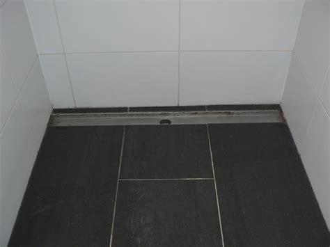 drain badkamer kitten van douche met drain werkspot