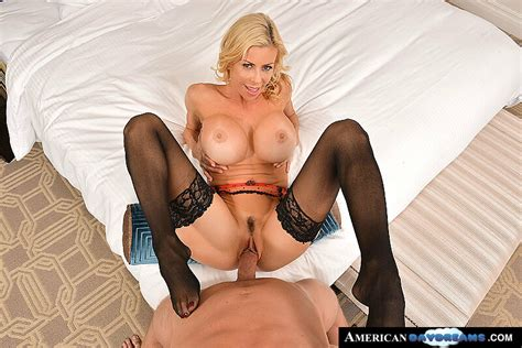 Alexis Fawx Fucking In The Bed With Her Tits Vr Porn