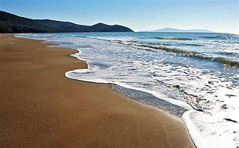 appartamenti sul mare follonica follonica appartamenti sul mare click italy vacanze in