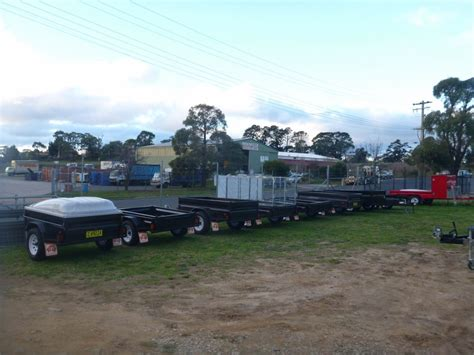 Trailers & Trailer Parts