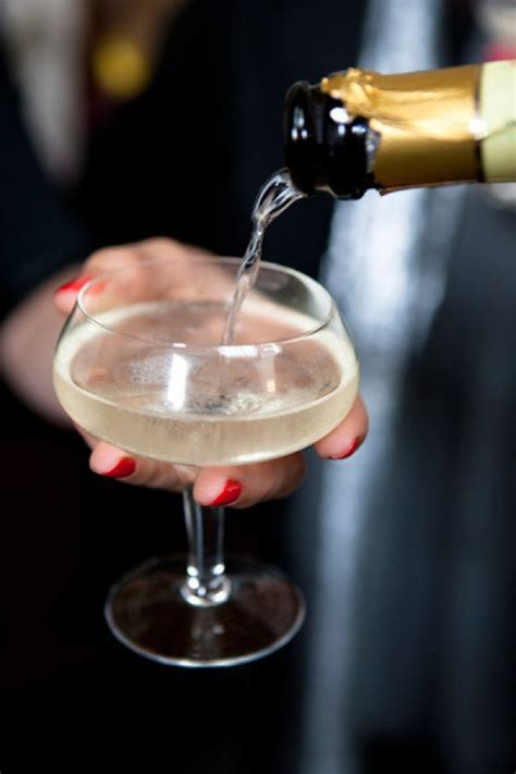 Champagne Cocktails For New Year's Eve Theglitterguidecom