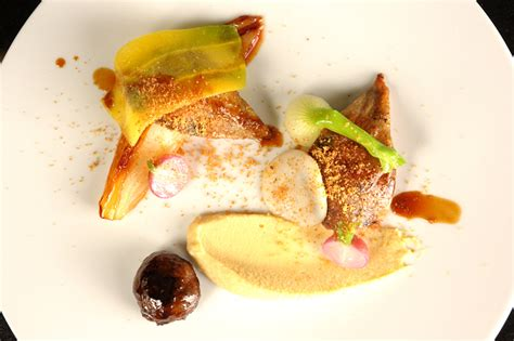 cuisiner pigeon cuisiner un pigeon 18 images julien lemarié en