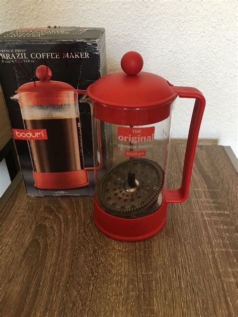 · add ground coffee to the bodum french press after dumping out the warming water. Bodum 1 cup french press instructions