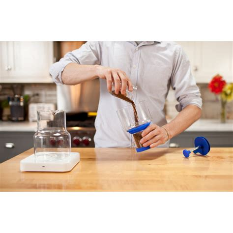 This method results in a less concentrated and weaker tasting coffee than what you can expect from the immersion method. NEW Bruer Blue Cold Brew Slow Drip Coffee Maker System 862179000201 | eBay