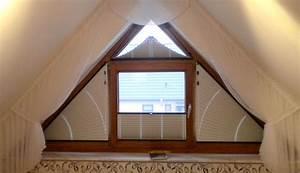 Gardinen Für Dreiecksfenster : verdunkelung giebelfenster ~ Michelbontemps.com Haus und Dekorationen