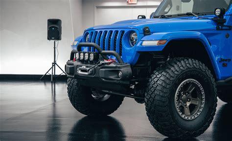 jeep  concept  door pickup revealed jeep gladiator