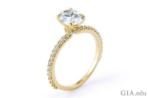 engagement ring setting  metal affects diamond color