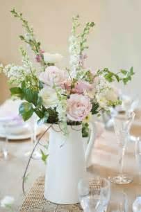 deco mariage vintage déco table mariage 45 compositions florales pour l 39 été