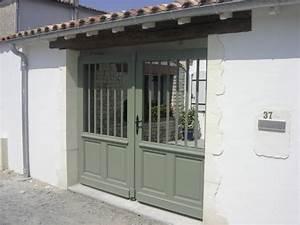 Porte de garage et porte style atelier en bois porte d for Porte de garage et porte style atelier en bois