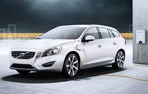 Hybride Auto Rechargeable : volvo augmente la production de la v60 hybride diesel rechargeable ecolo auto ~ Medecine-chirurgie-esthetiques.com Avis de Voitures
