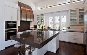 Plan De Travail Cuisine Marbre : cuisine plan de travail en lot de cuisine moderne fonc en marbre ~ Melissatoandfro.com Idées de Décoration