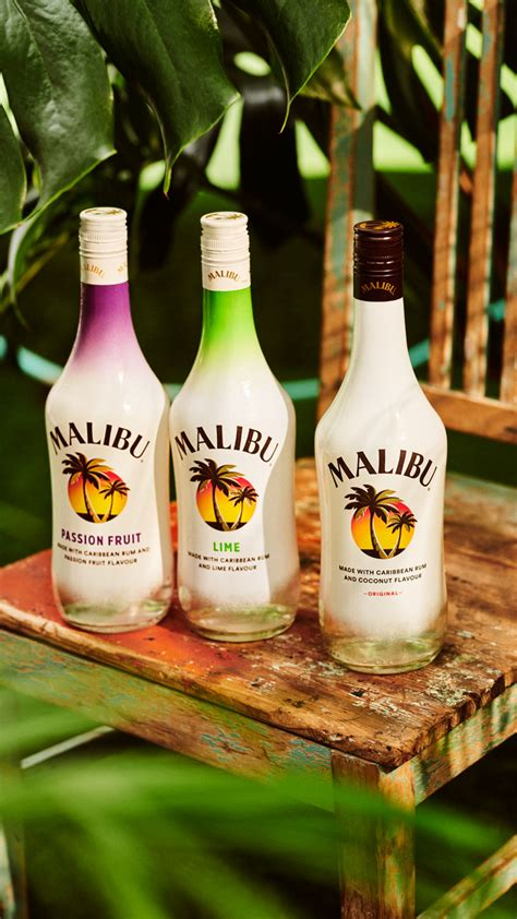 Whether you're reinventing a classic or creating your own cocktail, malibu rum adds sweetness, complexity, and a coconut taste of the tropics. How To Drink Malibu Rum : Malibu Now Makes Sparkling ...