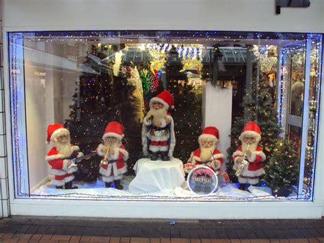 pin  christmas memories  christmas store windows