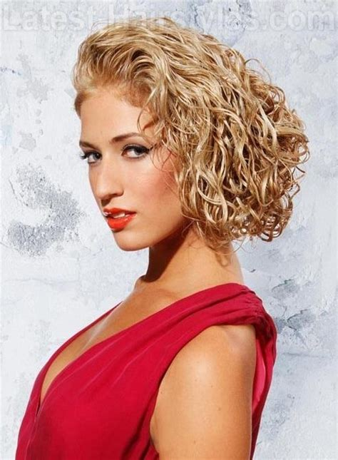 fabulous ways    bob hairstyles  curls