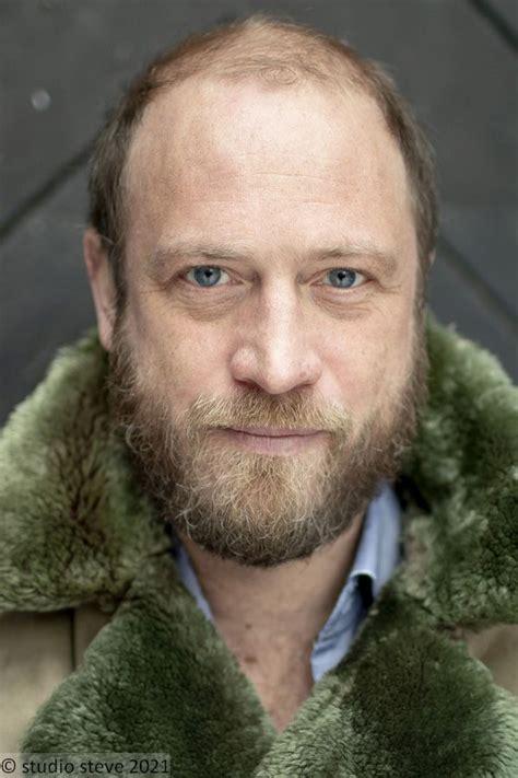 Oktober 2021, um 20:15 uhr wird mit sterben auf probe ein neuer fall für das starke team im zdf ausgestrahlt. Jean-Luc Bubert - Schauspieler